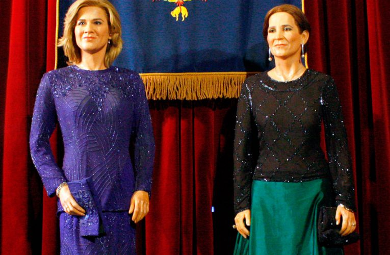 Elena y Cristina de Borbón desaparecen del Museo de Cera de Madrid