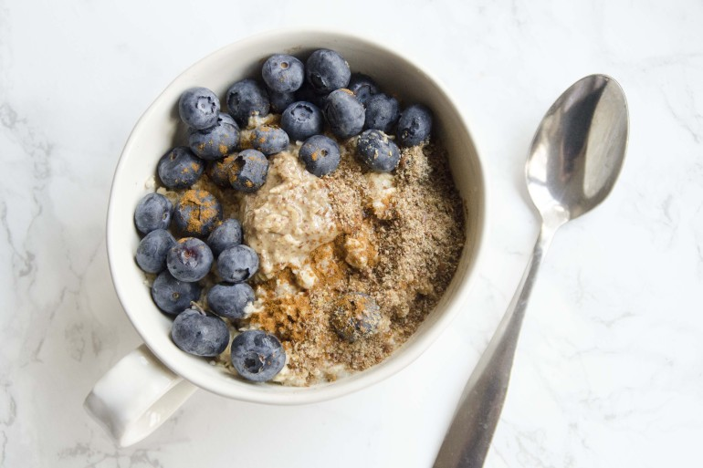 10 deliciosos snacks a la taza con microondas 2