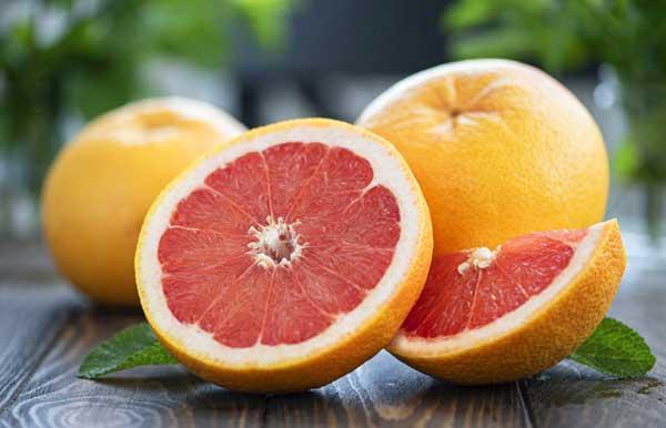 Comer naranjas y pomelos reduce el riesgo de accidentes cerebrovasculares