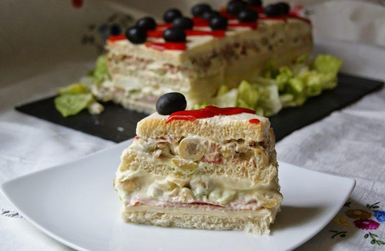 """""""Sandwichón"""": pastel salado frío, ¡fácil y rápido!"""